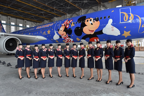 HKMSH_Shanghai-Disney-Resort-Signs-Alliance-Agreement-with-China-Eastern-Airlines_上海迪士尼度假區與東方航空達成聯盟_彩繪飛機正式亮相_4