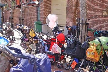 stroller-parking-dhs
