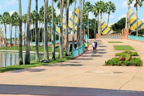 bridge-and-walkway-to-boardwalk-from-swan-swan-dolphin-walt-disney-world2
