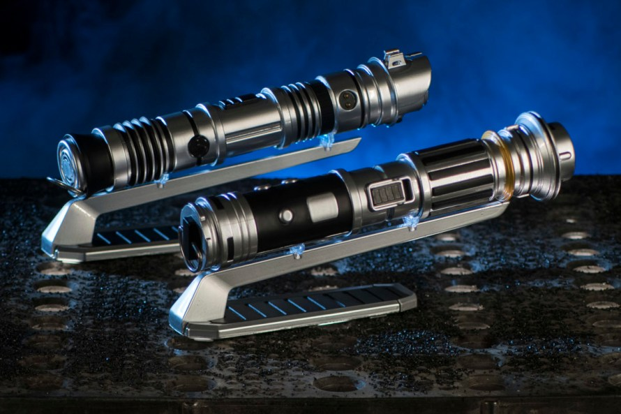 Star Wars: GalaxyÕs Edge Merchandise Ð Custom Lightsabers