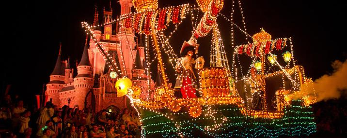 main-street-electrical-parade-dining-package-00-full