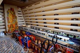 disney-contemporary-resort-monorail