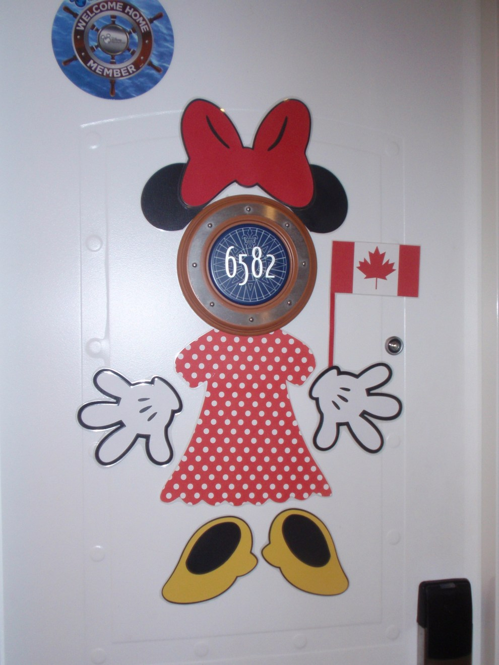 How To Decorate Your Cabin Door On A Disney Cruise