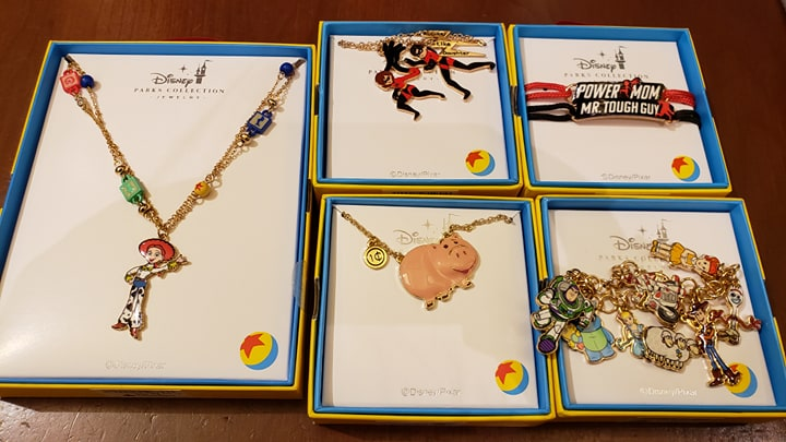 Disney Parks Collection Jewelry Pixar Up Carls House Balloons Necklace NEW CUTE