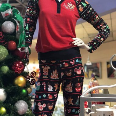 Disney Holiday Leggings