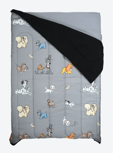 Disney Cats and Dogs Comforter
