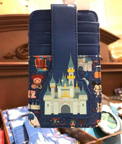 magical new Disney cardholders