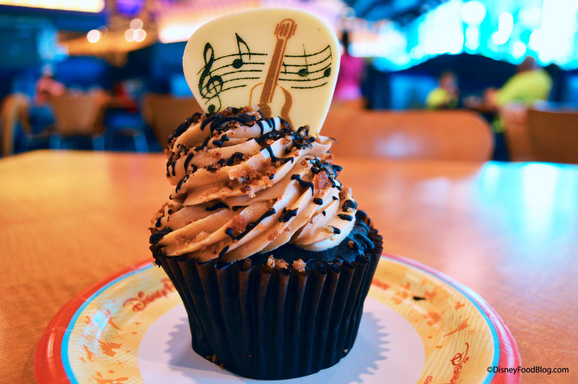 #OnTheList: The King Cupcake At Disney World's Pop Century
