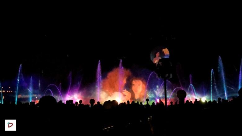 Escena de World of Color Season of Lights en Disney California Adventure