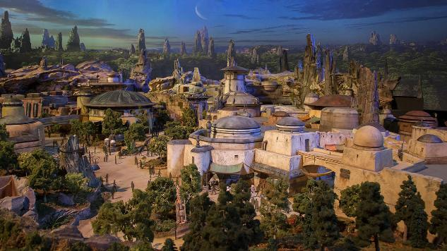 More Details on Disney Star Wars Expansion Area Found in Complimentary Collectible Trading Cards