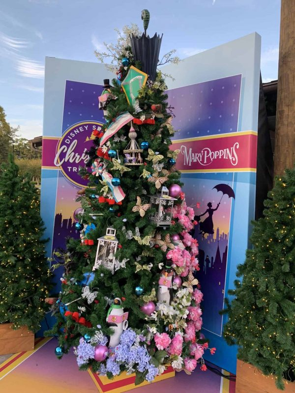 List Of Disney Christmas Trees On Christmas Tree Trail In