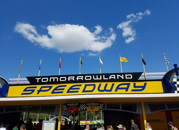 tron roller coaster disney world tomorrowland speedway