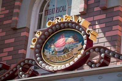 Gibson Girl Ice Cream Parlor (Disneyland)