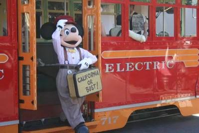 Red Car Trolley (Disneyland)