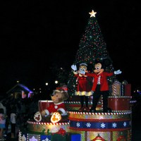 Mickey's Once Upon a Christmastime Parade (Disney World Ride)