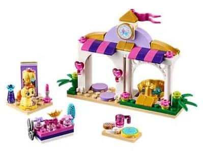 Disney Daisy's Beauty Salon LEGO Set