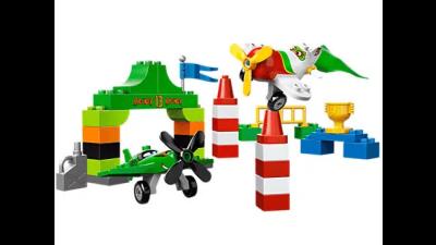 Disney Planes Ripslinger's Air Race LEGO Set