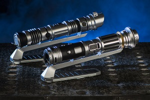 Star Wars: Galaxy's Edge Merchandise – Custom Lightsabers
