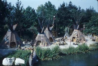 Indian Village – Extinct Disneyland Attractions