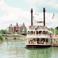 Admiral Joe Fowler Riverboat – Extinct Disney World Attractions