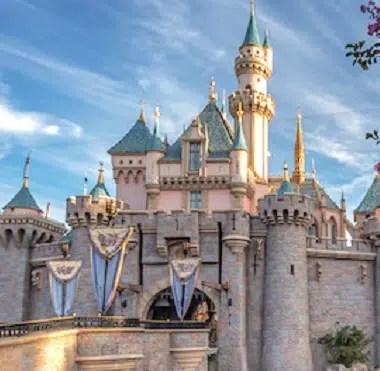 ElecTRONica – Extinct Disneyland Attractions