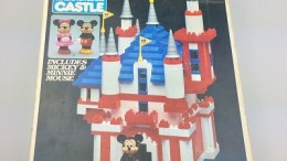 Disney Magic Kingdom Castle by Loc Blocs - 1981