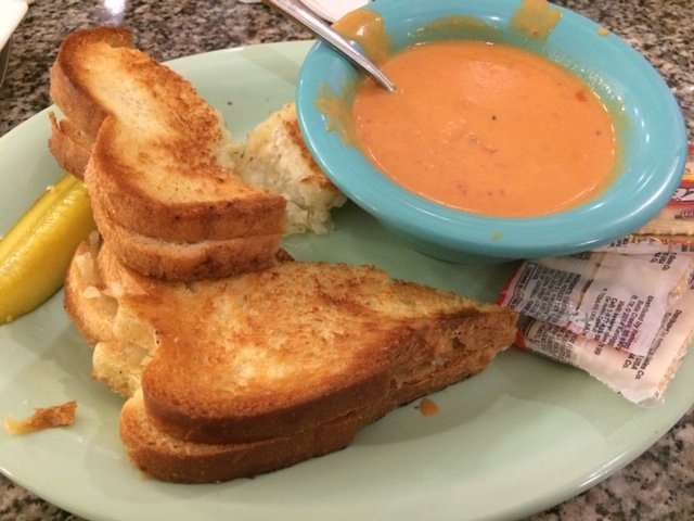Grilled cheese tomato soup beaches and cream restaurant disney's beach club