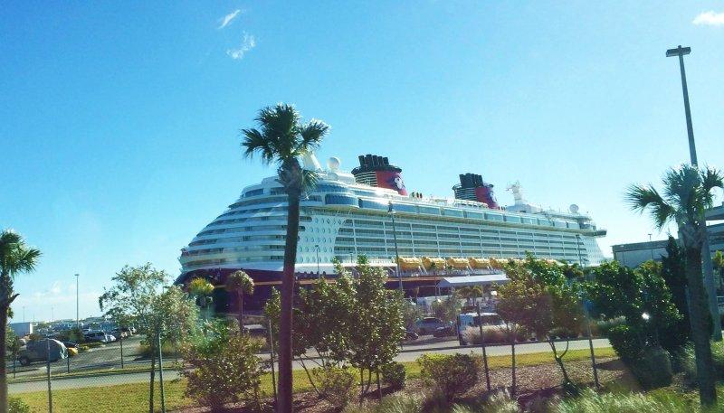 disney cruise line disney dream port canaveral