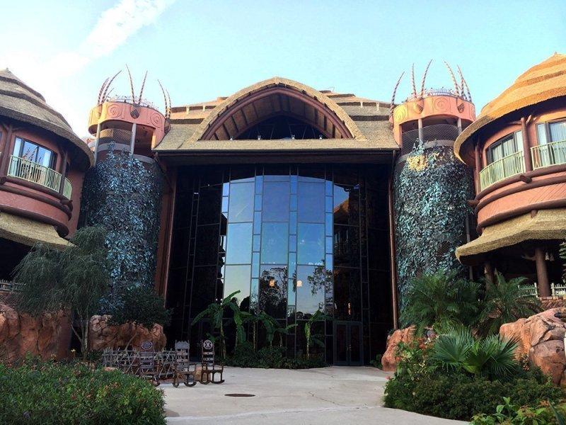 Disney's Animal Kingdom Lodge hotel near animal Kingdom