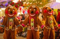 Very Merry Christmas Party Gingerbread Men
