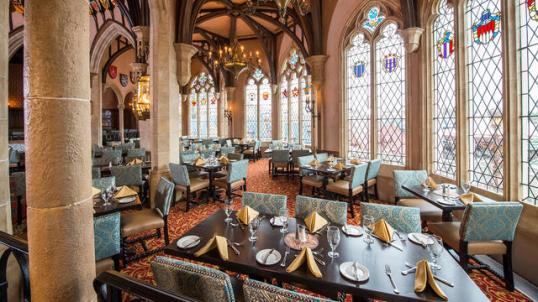 disney-cinderella-royal-table