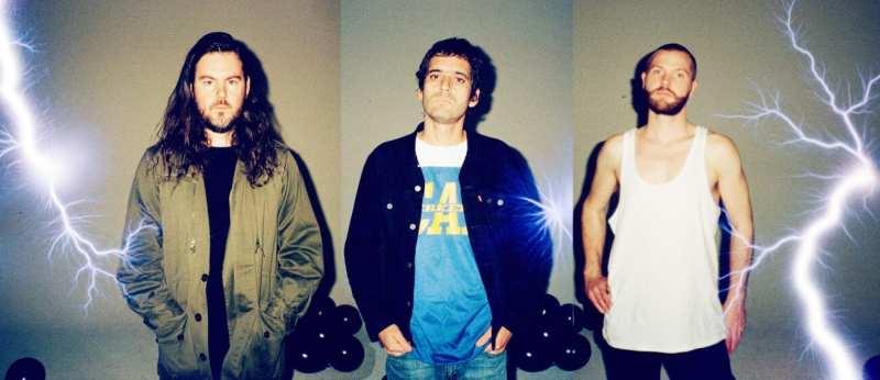 SUUNS band