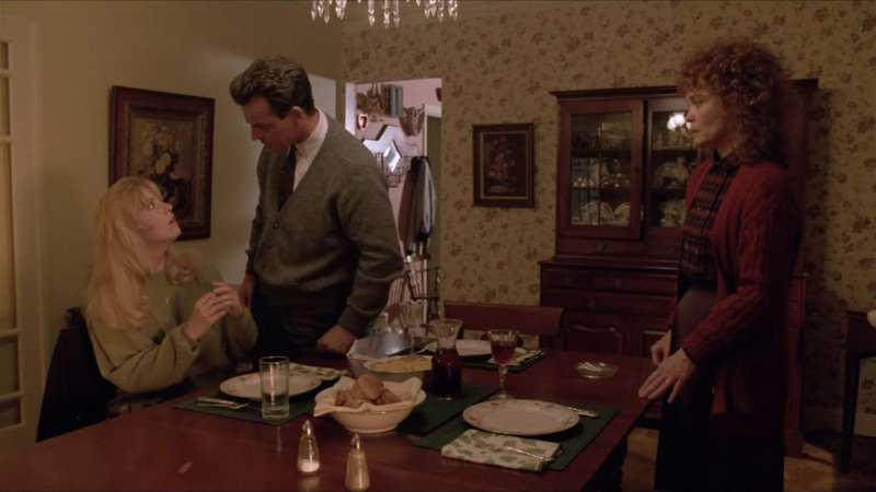 Leland Palmer scolds Laura at the dinner table