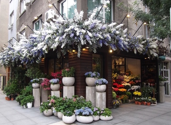 One of the florist shops outside the parks.