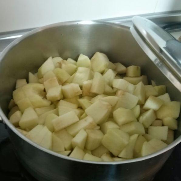 Manzana lista para cocer