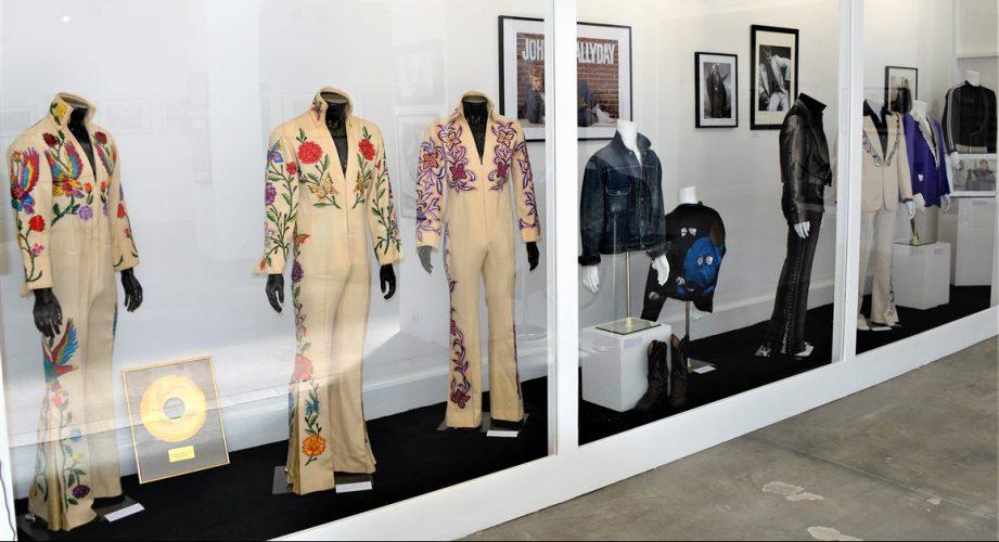 Exposition Johnny Hallyday tenues scène Jean Paul Gaultier Dior
