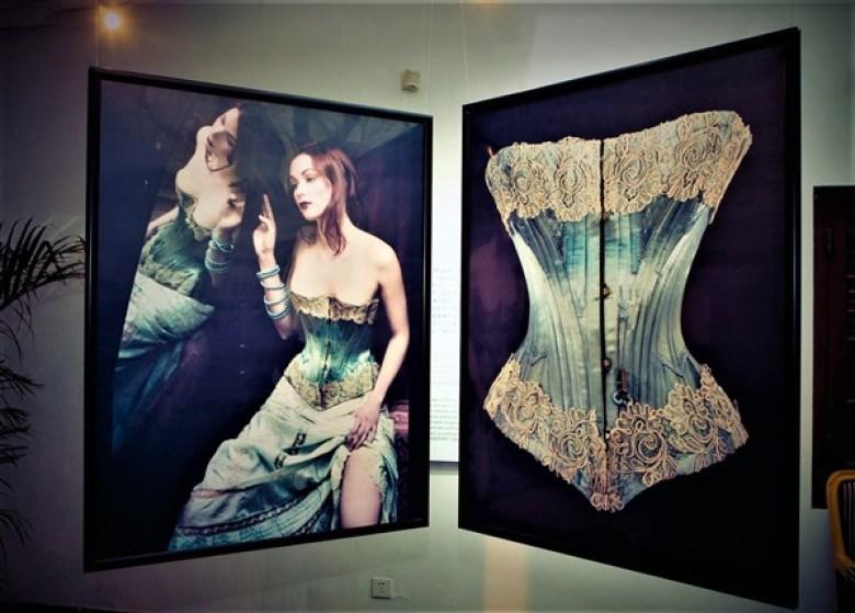 Expositions photos lingerie corsets
