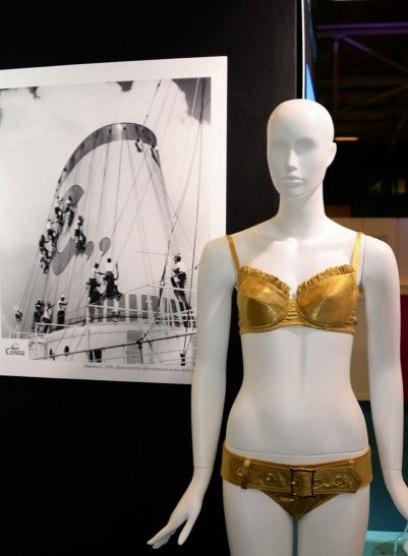 Exposition Bikini Nuits de Satin 1970