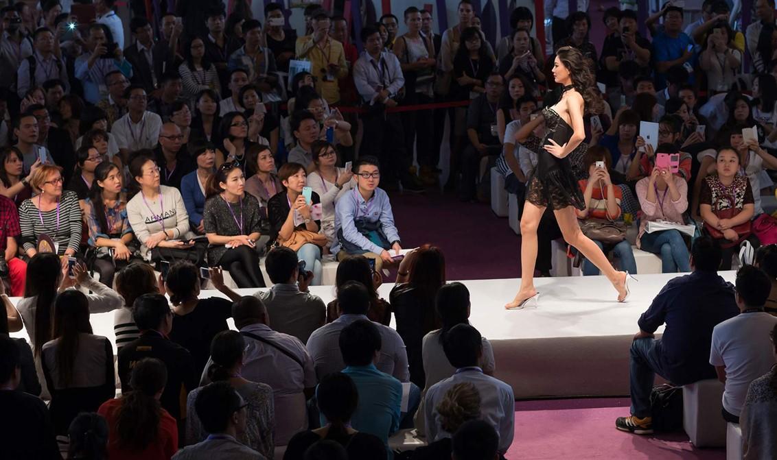 21 defile-Fashion show-Shanghai-Lingerie-vintage-Mode City