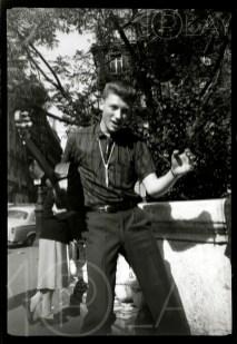 1957 Johnny Hallyday-Display-productions.com- -Square-Trinite-6
