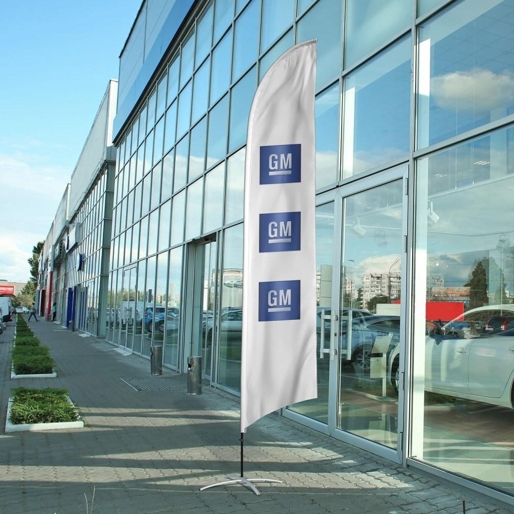 auto-dealership-flag-gm