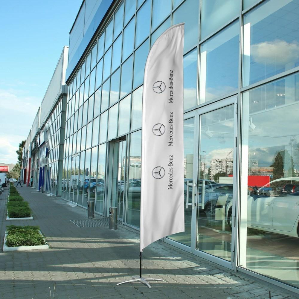 auto-dealership-flag-mercedes
