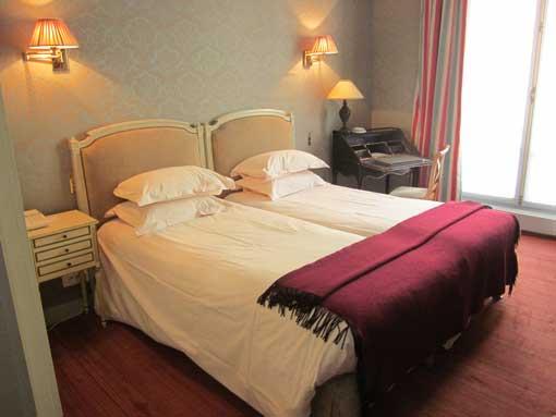 dispotel_sous-traitance-hoteliere_galerie_proprete_chambre_01_510x383
