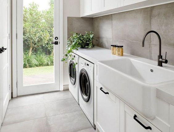 4 best farmhouse sinks for a laundry