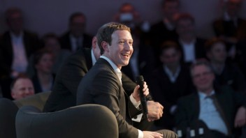Zuckerberg on charm offensive, woos Germany