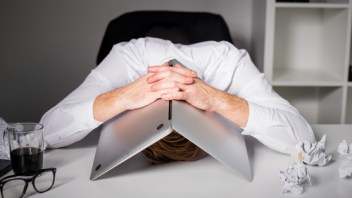 Senior execs: try your company's online experience – and weep
