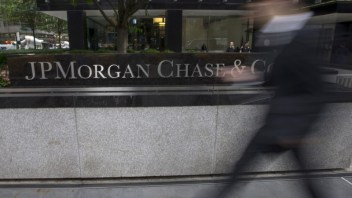 J P Morgan taps analytics start-up to boost fixed income business