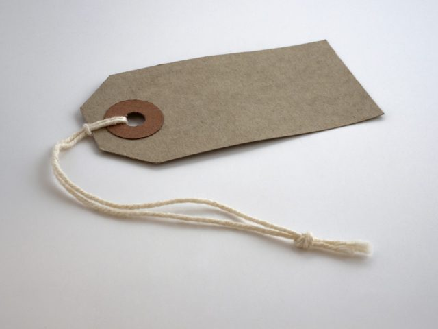 Paper tag and string