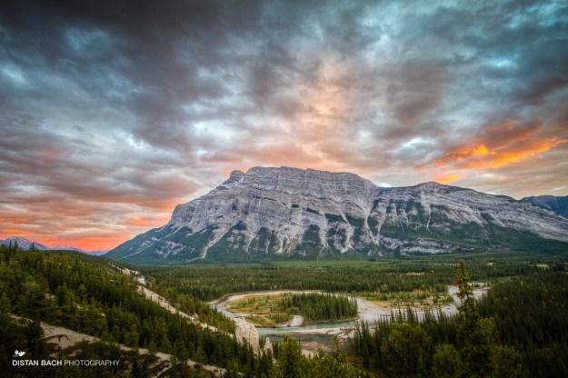 Banff-Lake Minnewanka scenic drive sunset-3
