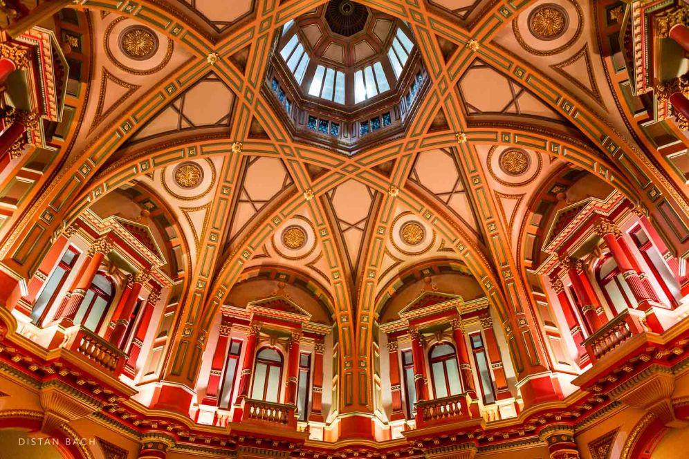Ceiling, Collins Street, Melbourne, distan bach